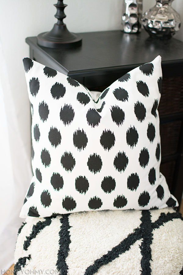 Ikat Polka Dot Pillow & DIY No Sew Pillow Covers - Homey Oh My pillowsntoast.com