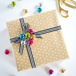 DIY Ornament Cluster Gift Topper