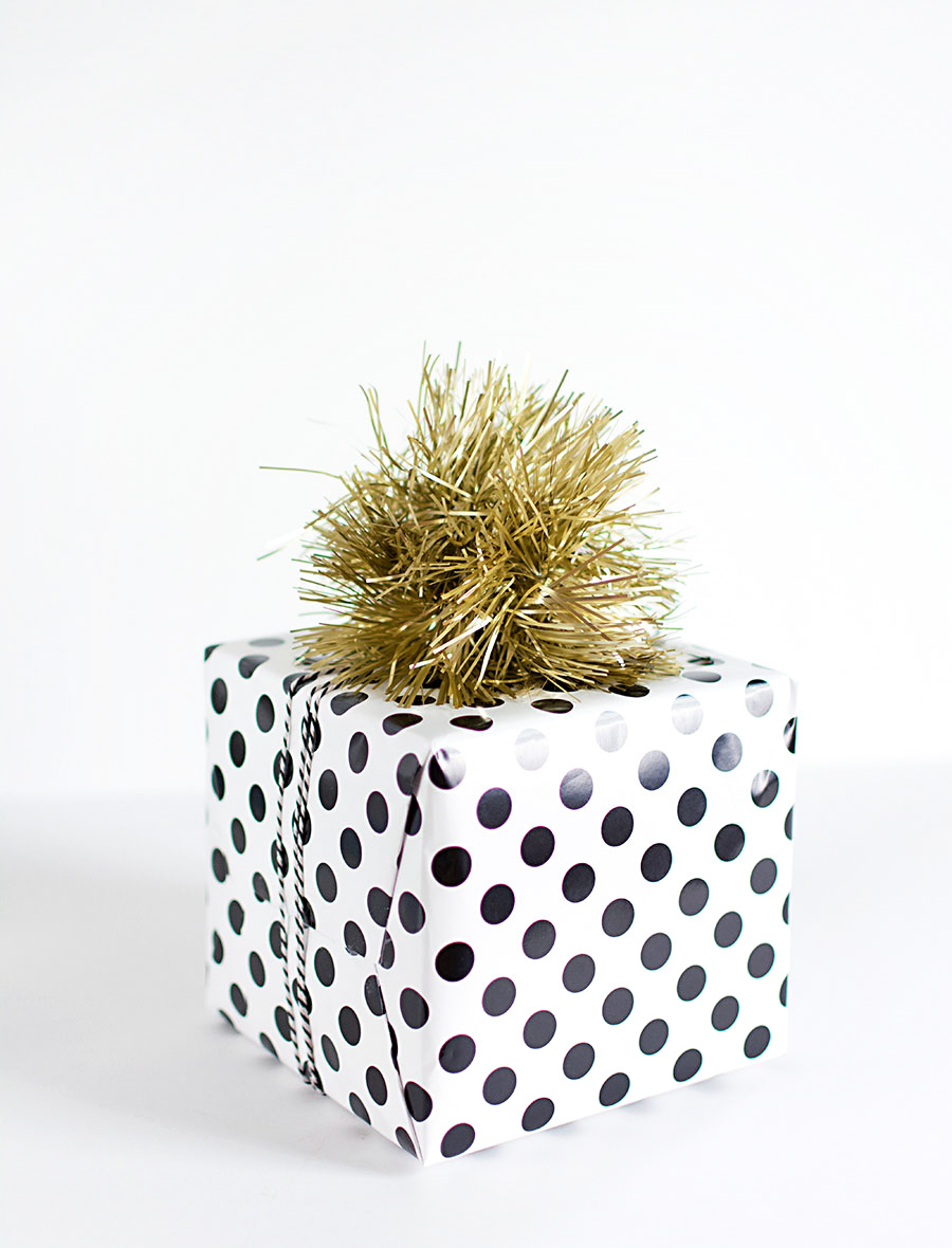 DIY Tinsel pom pom gift topper