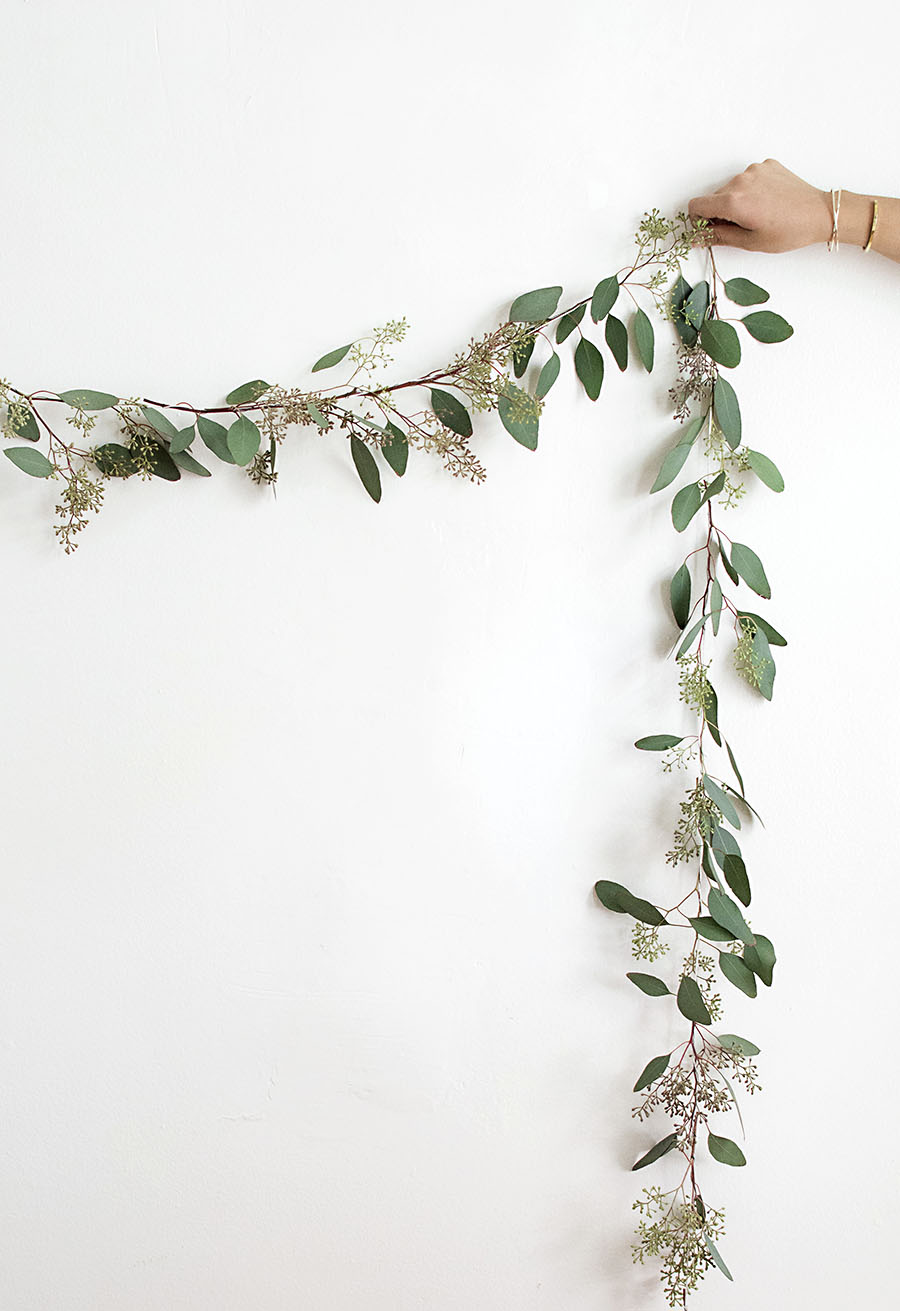 DIY Eucalyptus Garland Homey Oh My : DIY Eucalyptus garland2 from www.homeyohmy.com size 900 x 1311 jpeg 130kB