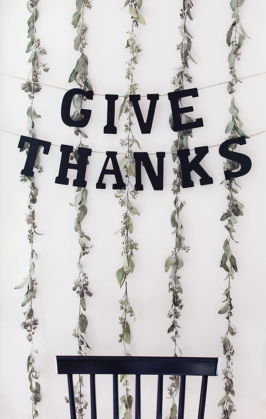 "DIY ""Give Thanks"" Thanksgiving garland"