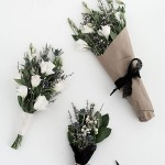 3 Easy Ways to Wrap Flowers
