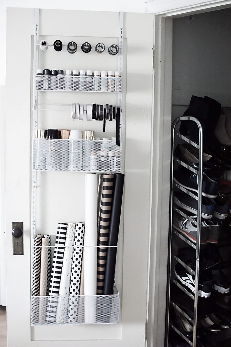 Hanging organizer for supplies
