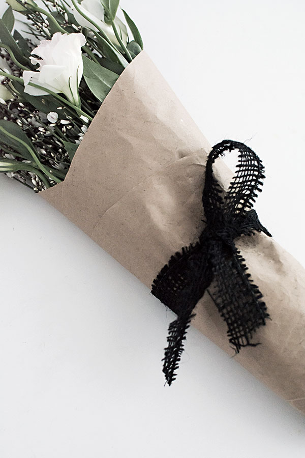 3 easy ways to wrap flowers homey oh my loop tie mightylinksfo