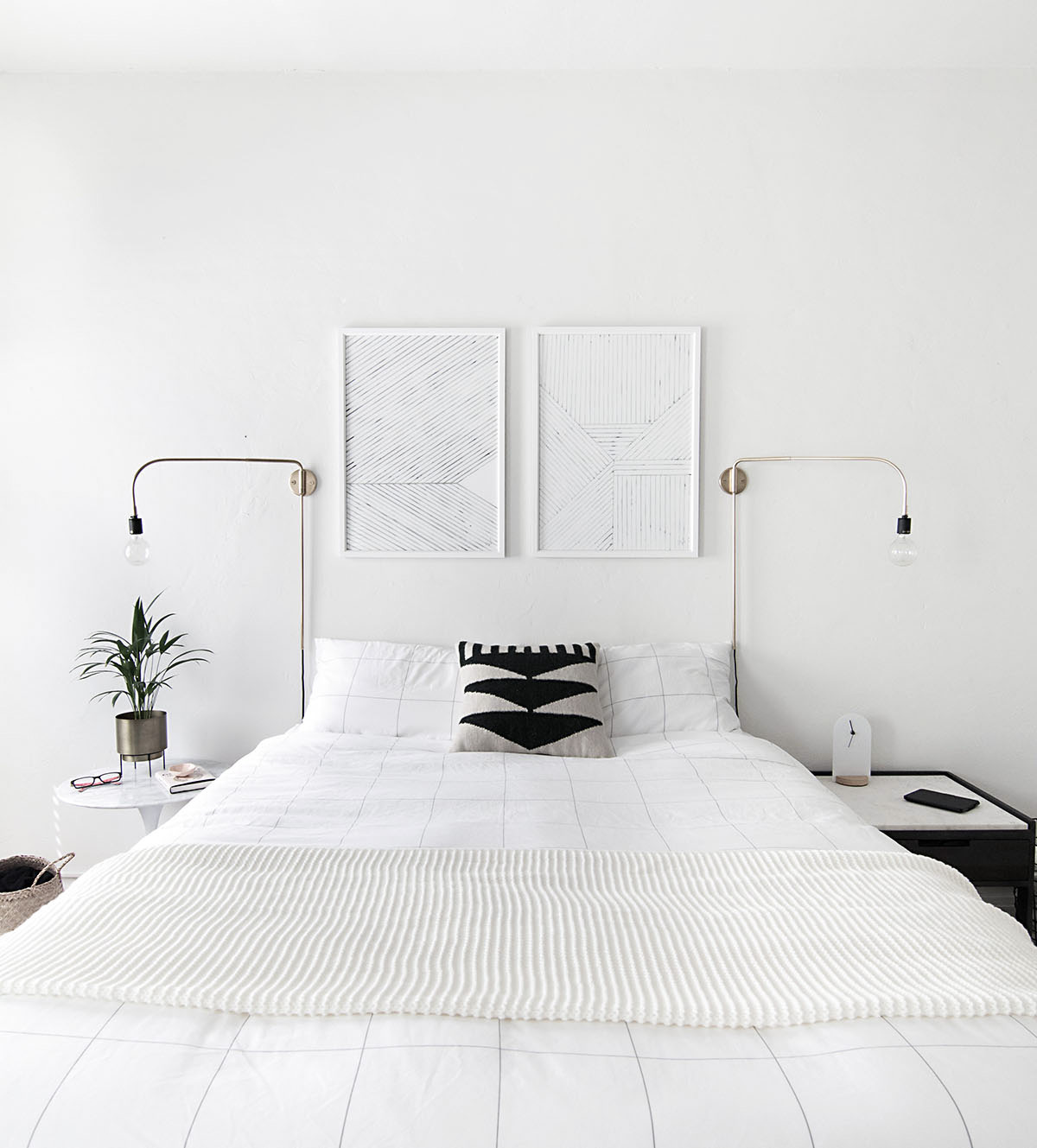 Art Room Bedroom: How To Achieve A Minimal Scandinavian Bedroom