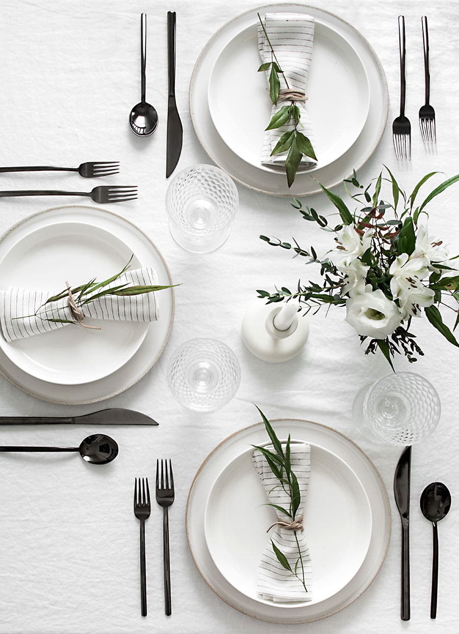 Monochromatic Modern Holiday Tablescape