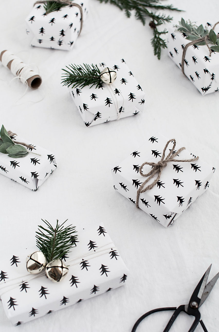 printable christmas wrapping paper - homey oh my