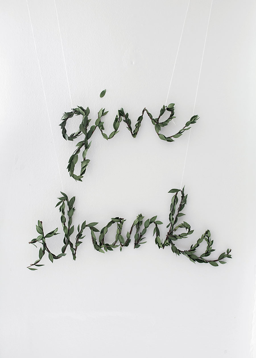 thanksgiving-greenery-garland-diy