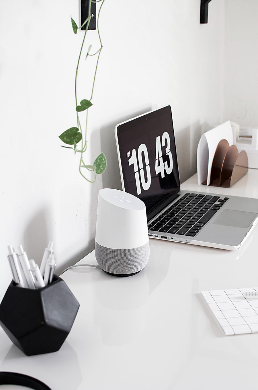 google-home-on-desk-3