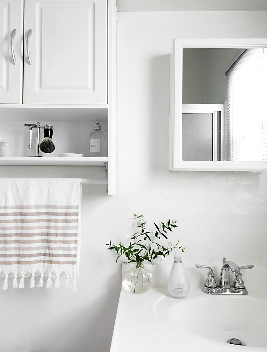 5 Simple Ways to Refresh the Bathroom - Homey Oh My