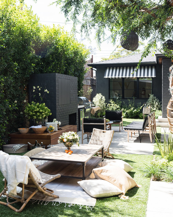 7 Top Tips For Throwing A Grand Party In A Small Home: 17 Modern Outdoor Spaces