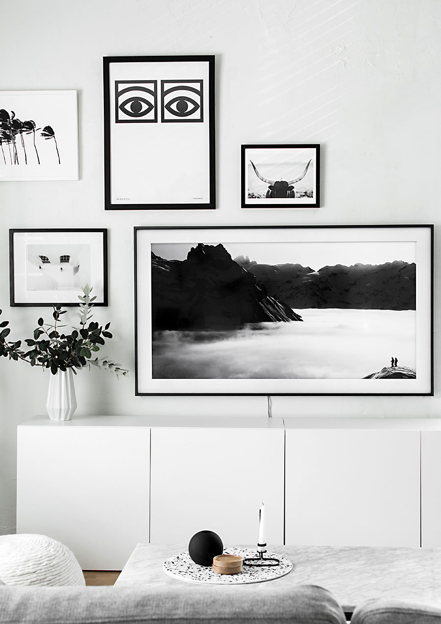 gallery wall update a tv that matches our decor homey oh my. Black Bedroom Furniture Sets. Home Design Ideas