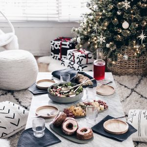 Simple Tips for Easy Holiday Entertaining