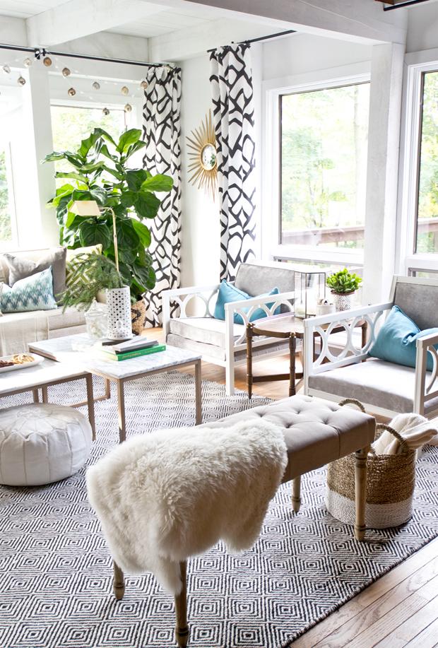 sarah-dorsey-living room