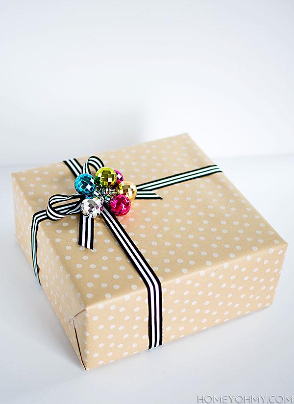 Ornament gift topper