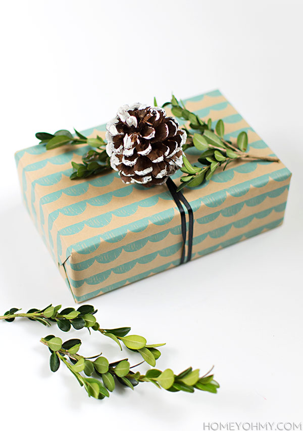 DIY Boxwood and Pine Cone Gift Topper