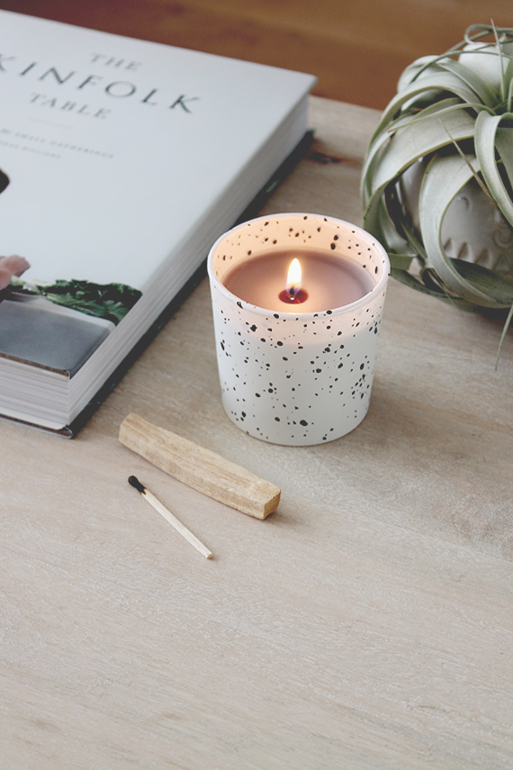 diy-faux-speckled-candles-almost-makes-perfect-1