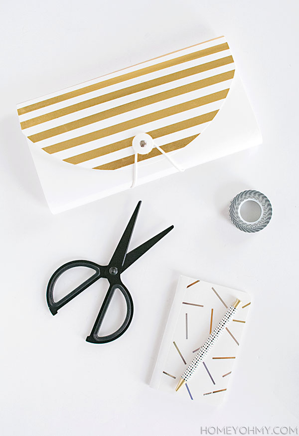 DIY File Folder with Gold Stripes