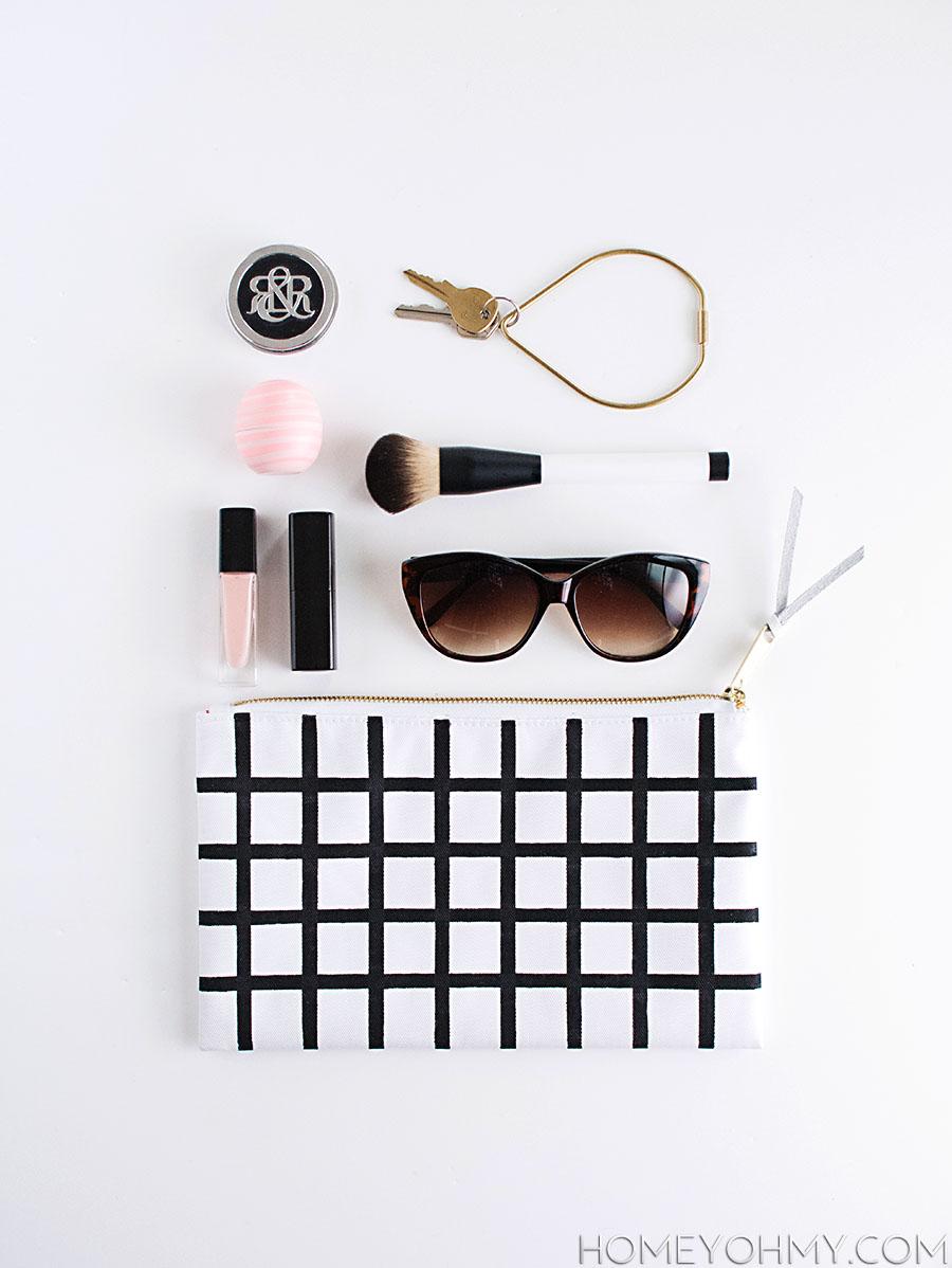 DIY--grid-pouch