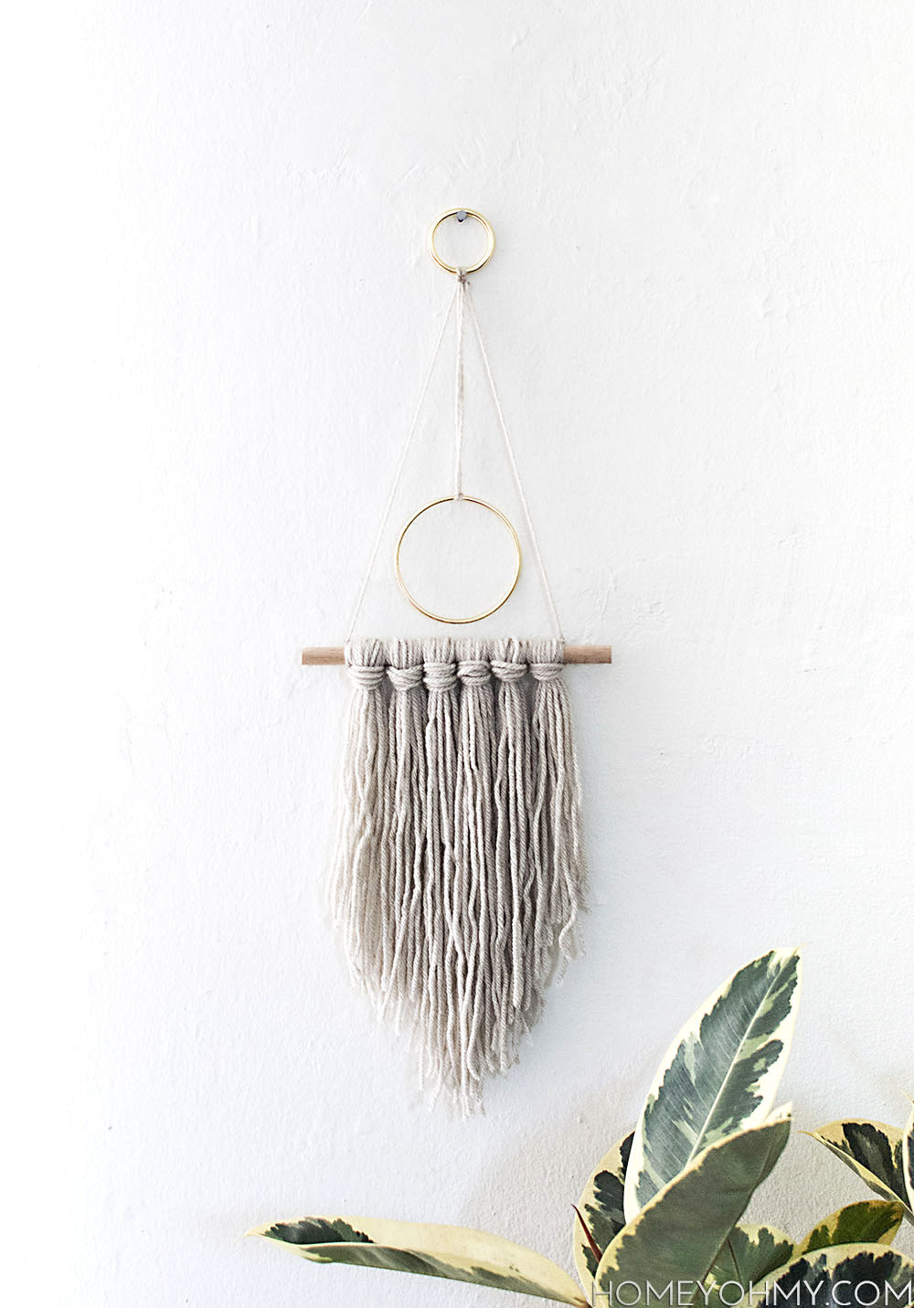 Modern yarn hanging DIY-2