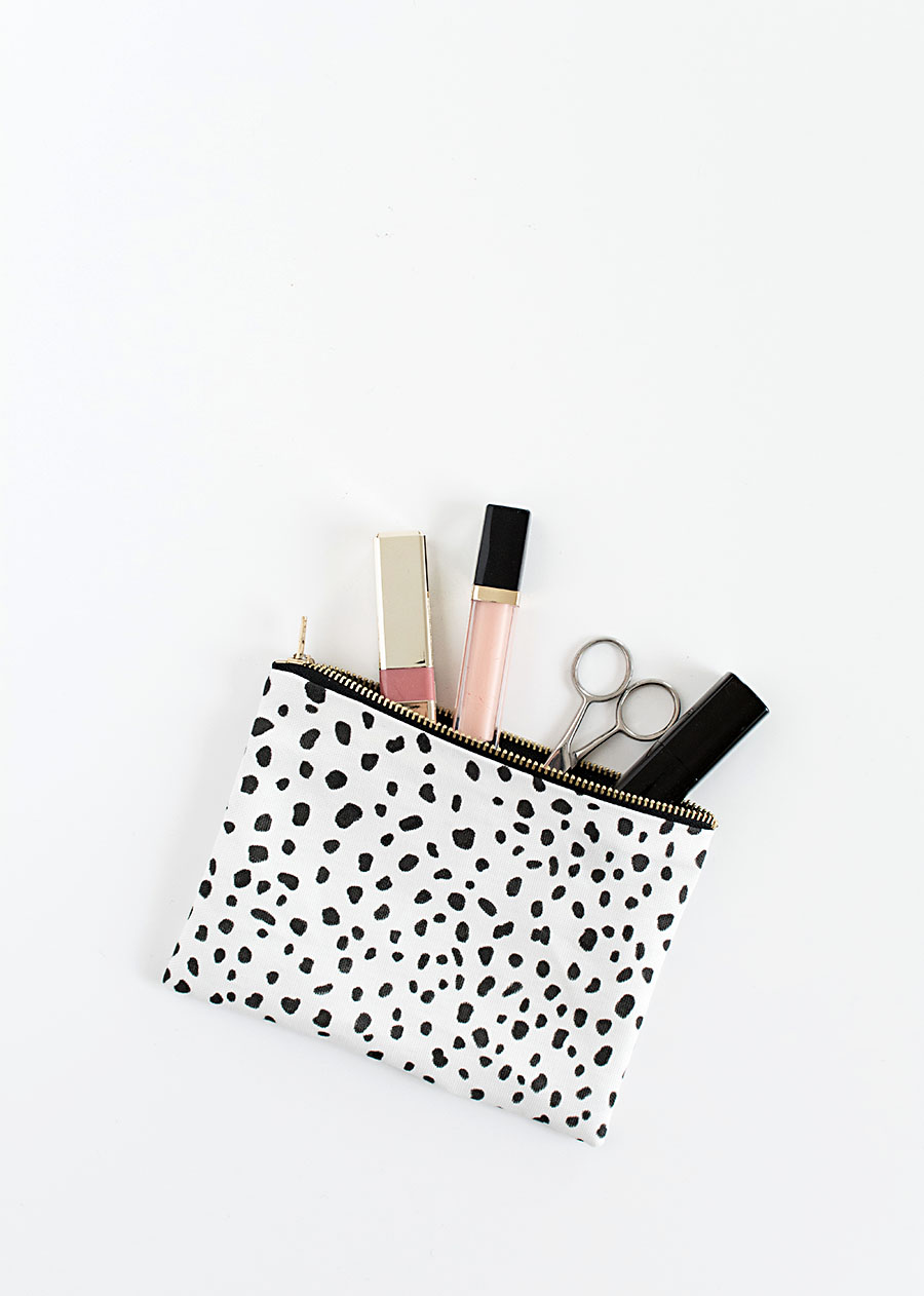 DIY no-sew zipper pouch