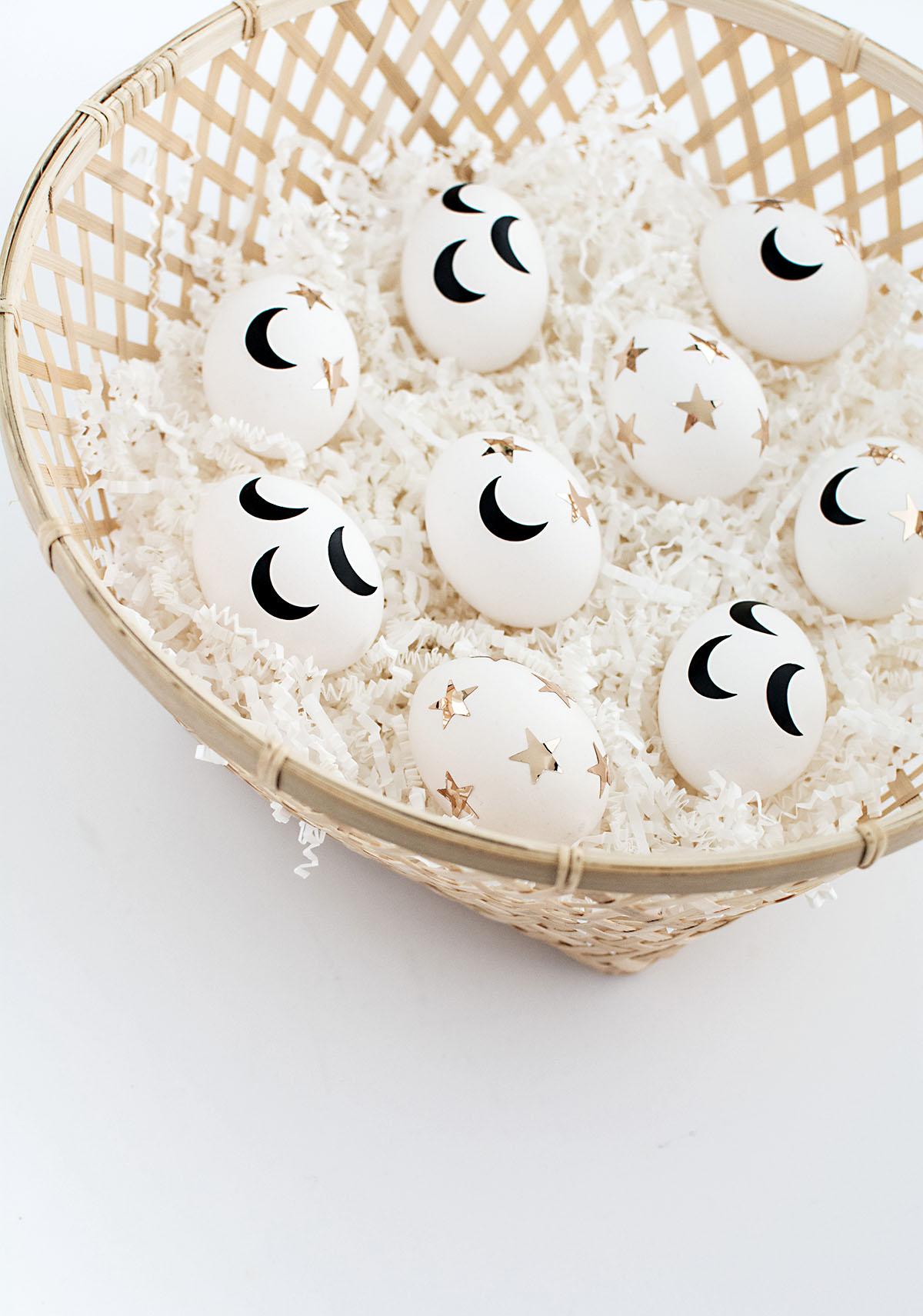 DIY Stars and crescent moons Easter eggs