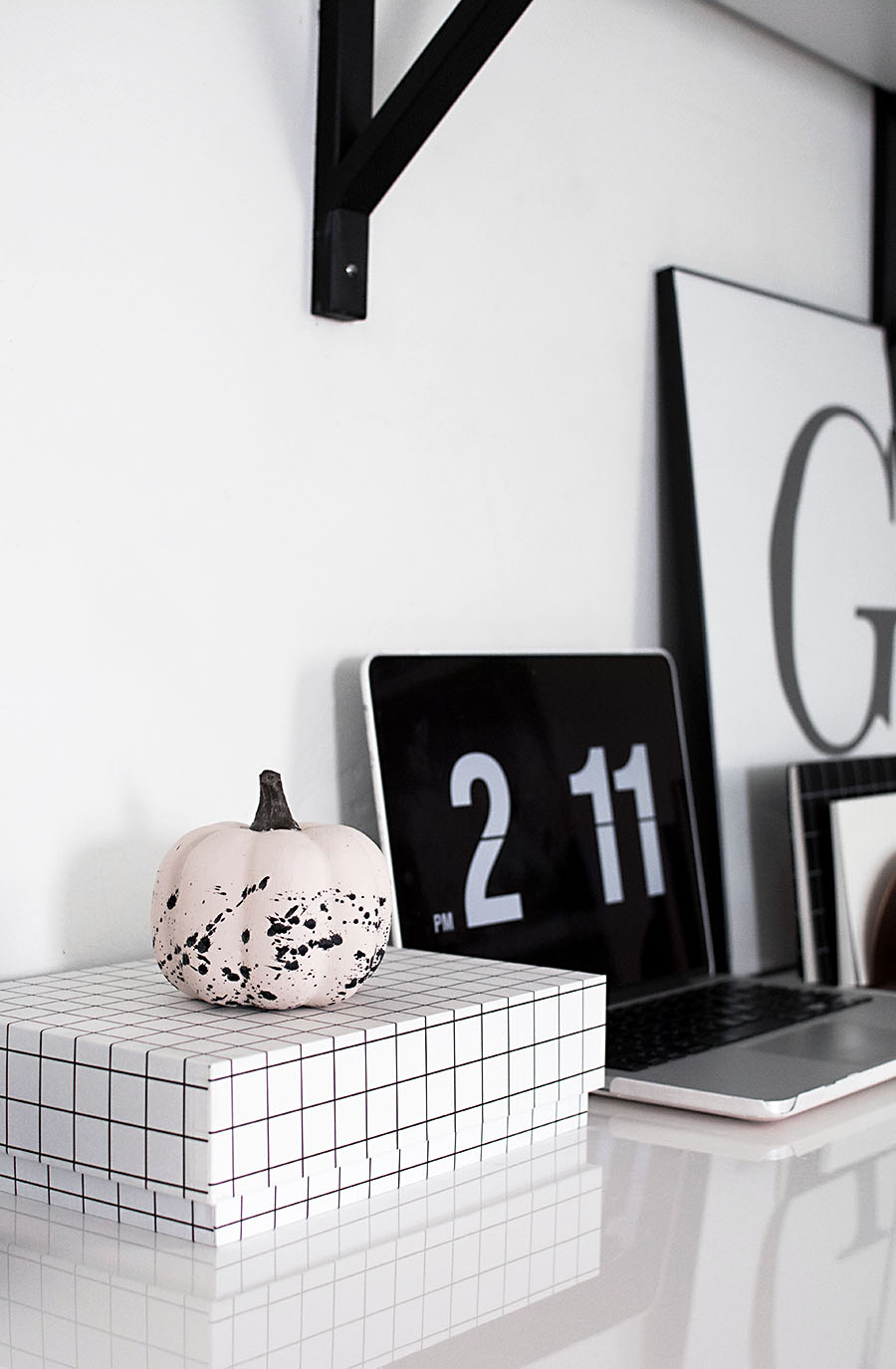 DIY paint splattered pumpkin