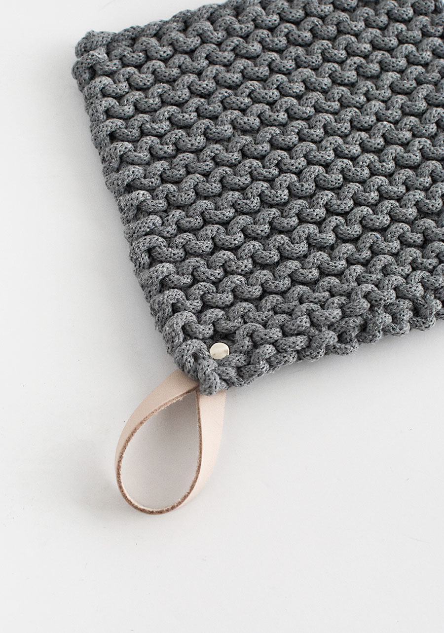 diy-knit-potholder