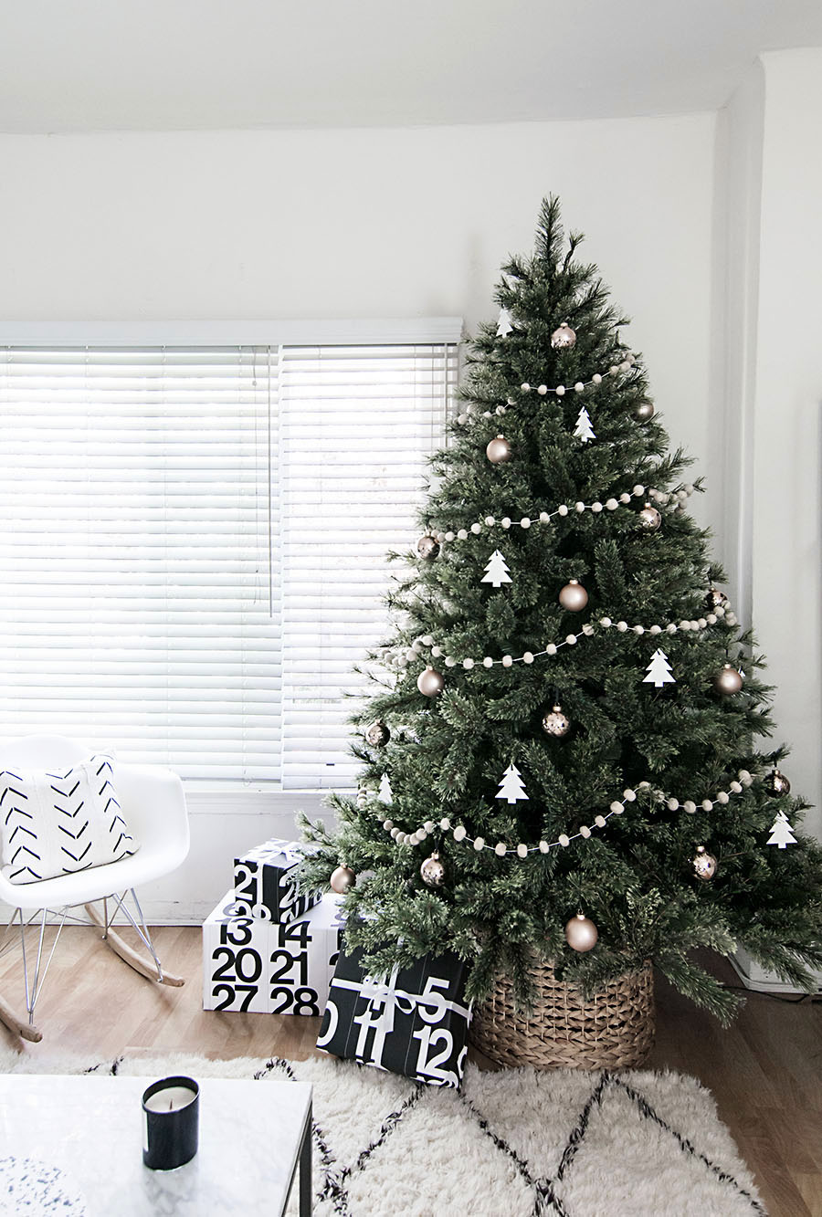 minimal-scandinavian-christmas-tree-2