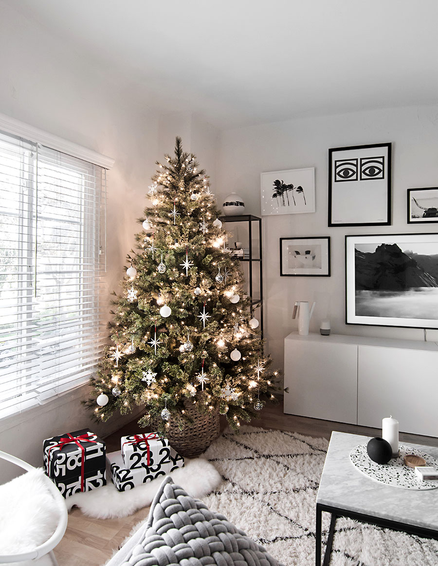 Modern Christmas Trees.Modern Christmas Tree Homey Oh My