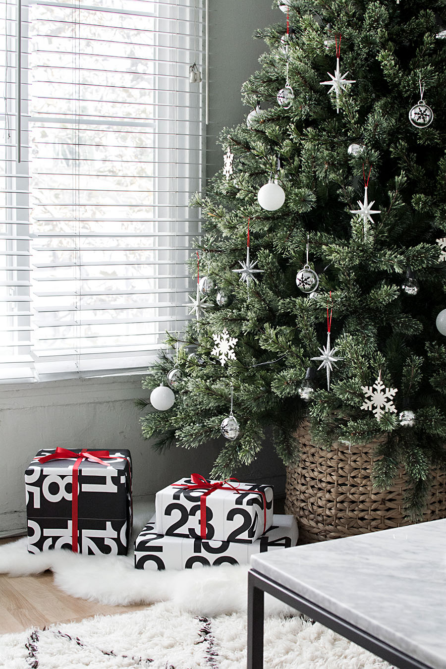 Red White And Silver Christmas Tree.Modern Minimal Christmas Tree Homey Oh My