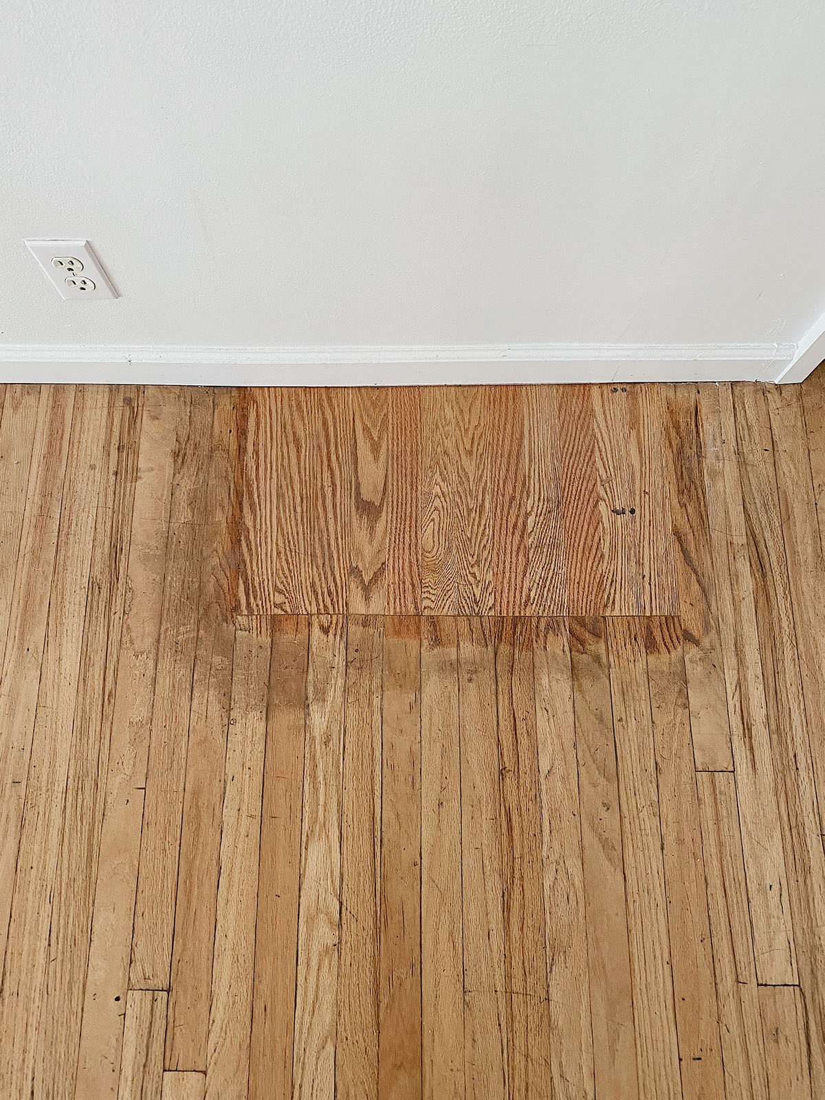 Our White Oak Engineered Hardwood Floors   Homey Oh My